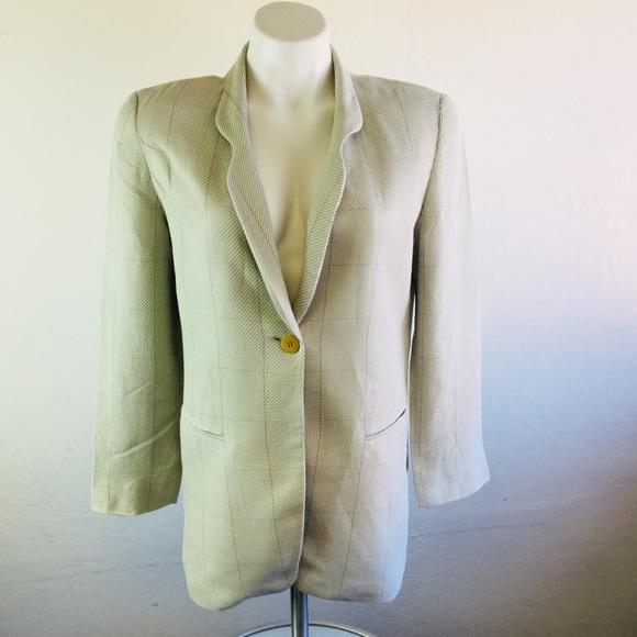 Giorgio Armani Jackets & Blazers - Giorgio Armani Le Collezioni Jacket Size 6